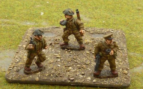 B105 British command