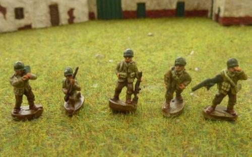 CDAI01 Command figures