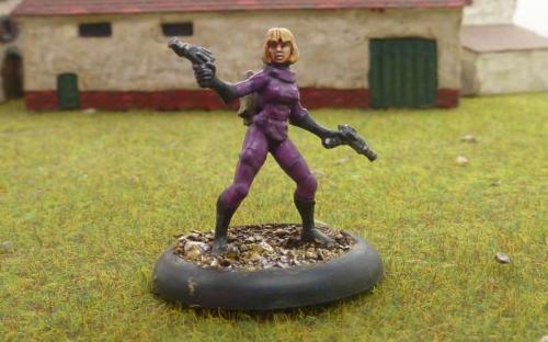 Alien woman leader