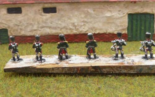 10mm Napoleonic Russian officers and drummers (Bend Sinister's Redline miniatures)