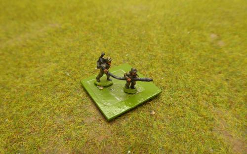 10mm WW2 German flame throwers (Pendraken miniatures) actually WW1 models