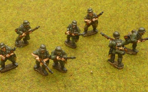 G1 German riflemen